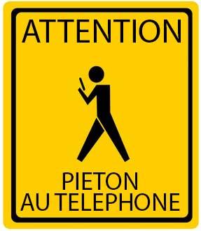 piéton au téléphone