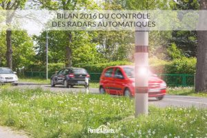 Flash d'un radar sur la route