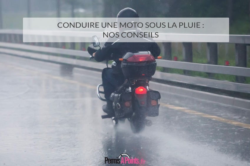 Conduire une moto sous la pluie : nos conseils